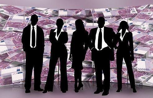 Самую большую зарплату в сентябре в Челябинске предложили региональному менеджеру