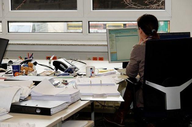 Более 60% офисных работников Челябинска испытывают сожаление при увольнении