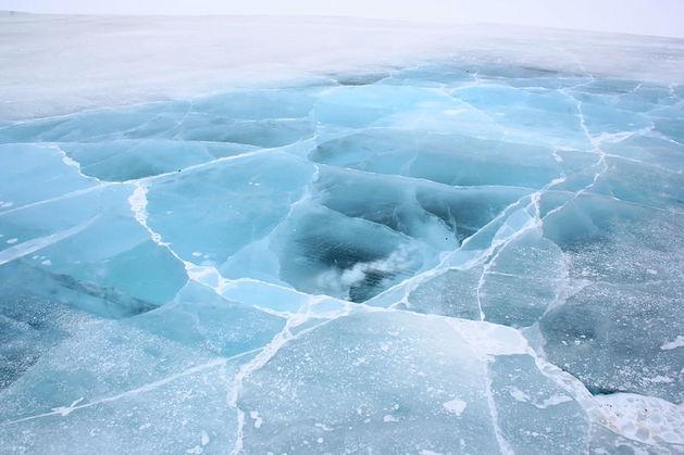 Челябинские тротуары очистят от корки льда не раньше среды