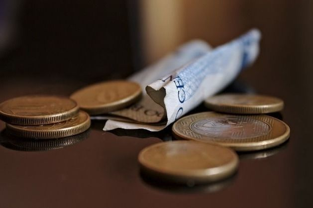 Челябинские банки предлагают компаниям кредит на зарплату сотрудникам
