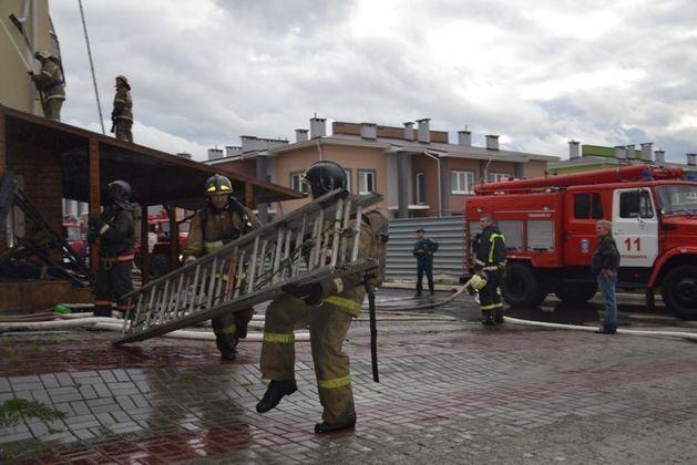 Администрация Челябинска решила выплатить жертвам пожара в Благодатово по 50 тысяч рублей