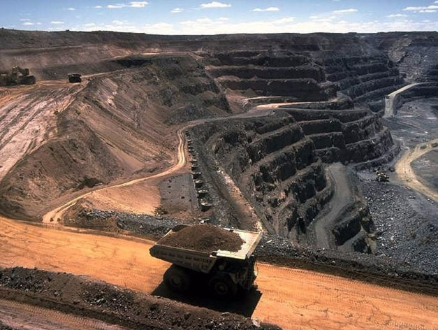 Челябинскую угольную компанию оштрафовали за возгорания на Коркинском разрезе