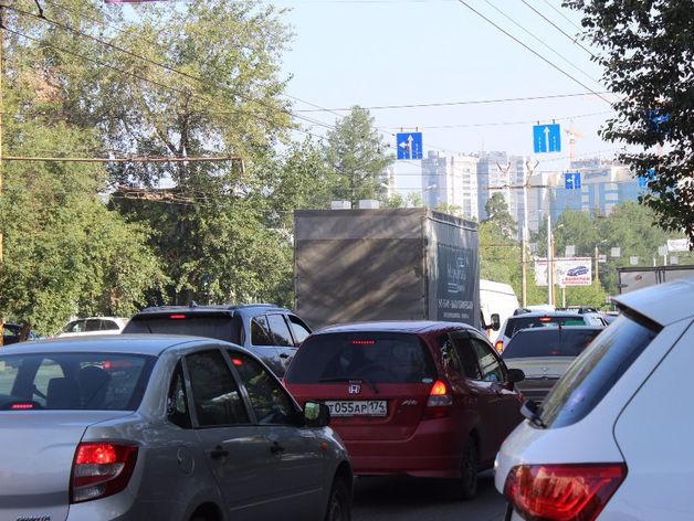 500 тысяч рублей оказался должен за контракт разработчик дорожной сети Челябинска
