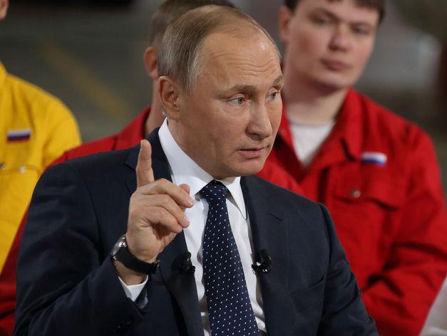 Владимир Путин завершил встречу с рабочими ЧТПЗ: «Проблем с экологией много»