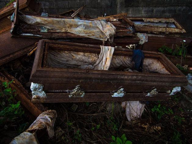 Миасские власти отдали долги похоронному бизнесу
