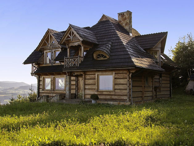 Самой дорогой недвижимостью в Челябинске оказались магазин и фамильная усадьба