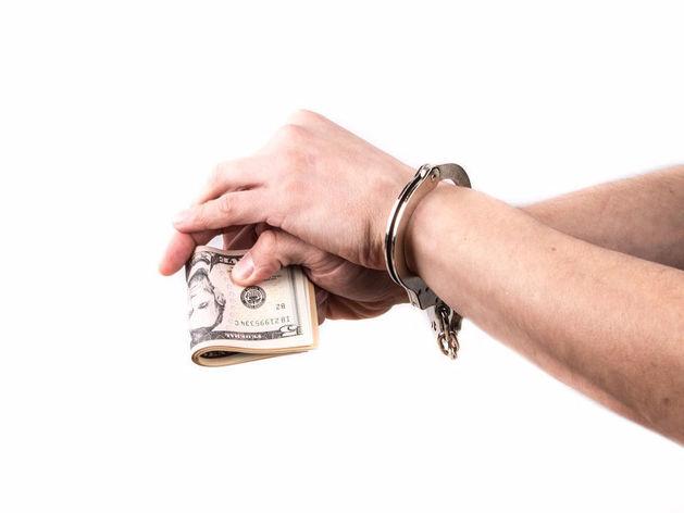 Челябинский бухгалтер похитила у банков 15 млн рублей