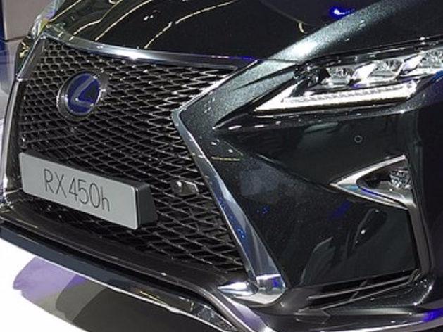 """За информацию об угнанном в Златоусте """"Lexus RX450h"""" заплатят 150 тысяч рублей"""
