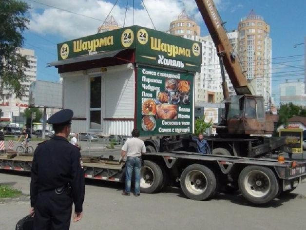 Мэрия Челябинска очистит гостевые маршруты от рекламы и шаурмы