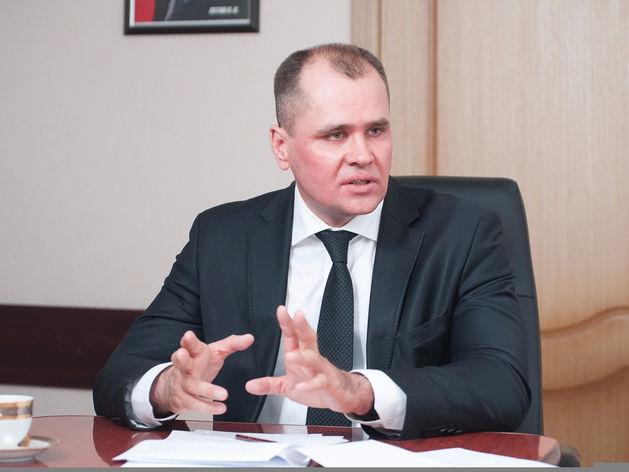 Глава минэконома Сергей Смольников: тяжело, когда одной рукой помогаем, второй - отнимаем