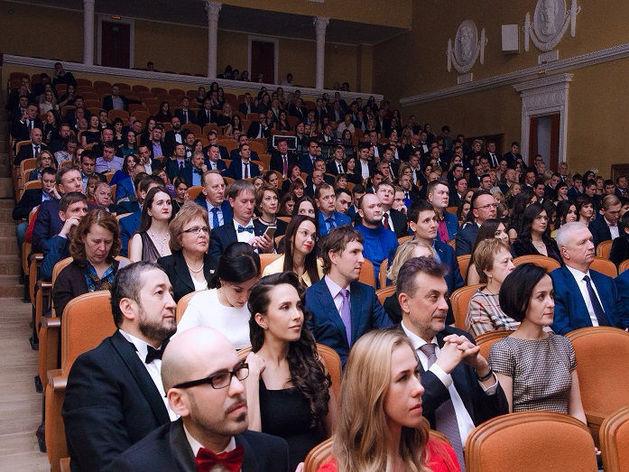 В Челябинске определен лонг-лист номинантов на премию «Человек года-2017»
