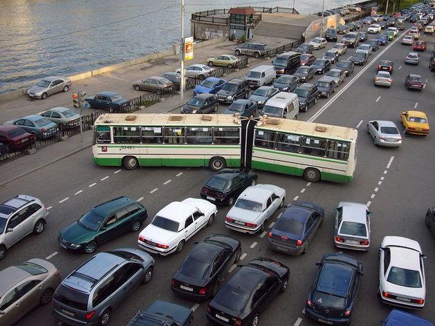 Движение в центре Челябинска перекроют на 10 дней