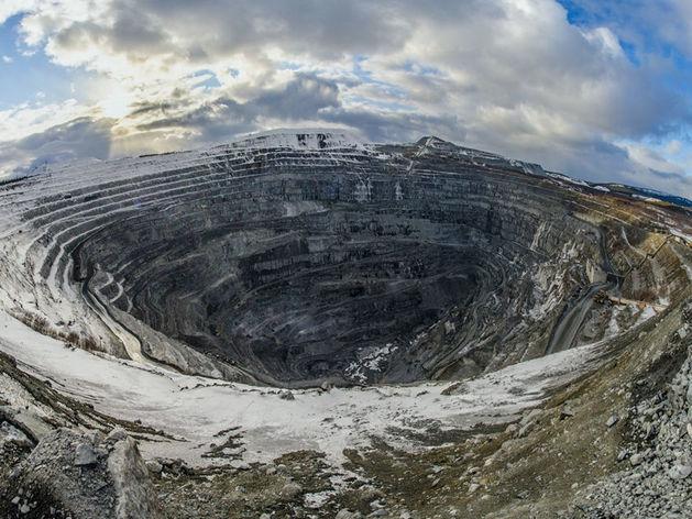 «Стоп ГОК»: Михеевский комбинат ворует миллиарды у государства