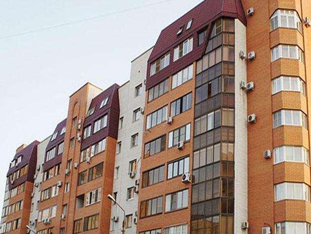 В Челябинске из окна седьмого этажа выпала 20-летняя студентка