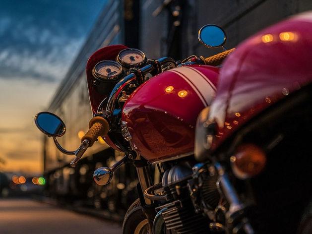 В Копейске женщина-водитель иномарки врезалась в мотоцикл