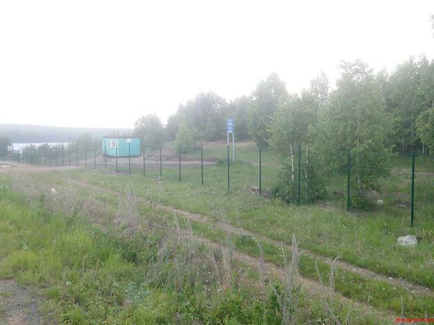 «Ни одного прохода!» Челябинская епархия возвела забор на берегу Увильдов