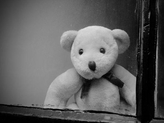 В Кыштыме в больницу поступил малыш, выпавший из окна квартиры