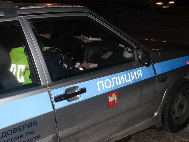 В Челябинской области иномарка врезалась в две фуры, погиб один, пострадали 3 человека
