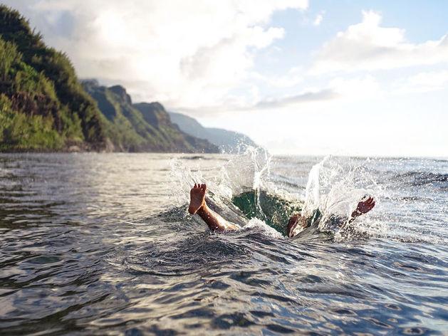 Житель Миасса утонул после вечеринки на природе