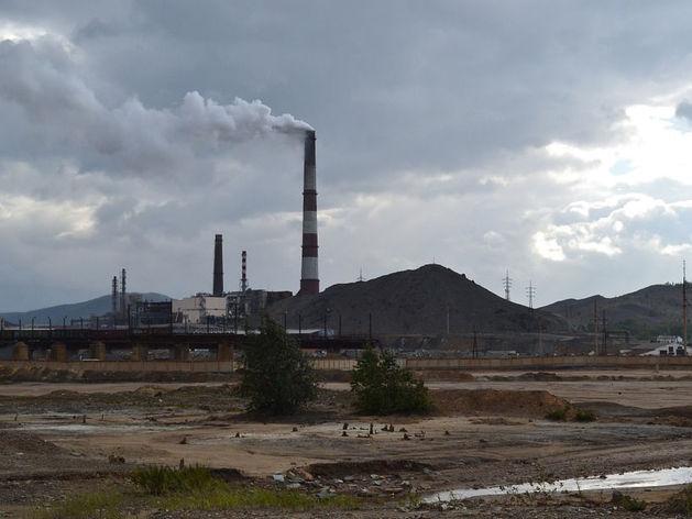 Заводы Челябинска обязали скинуться на экологию, чтобы выполнить поручение Путина