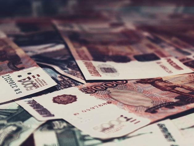 На заводе в Челябинской области открылась вакансия с зарплатой 450 тыс. руб.