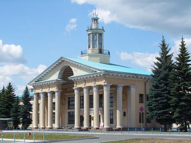 Челябинск попал в лидеры городов, жители которых никуда не летают без остановки в Москве