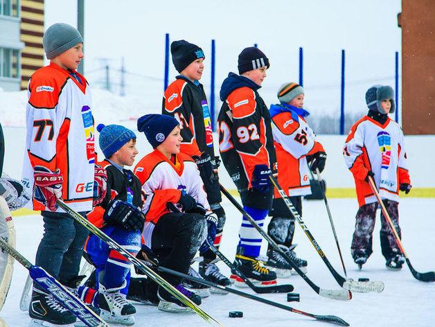 Челябинских школьников от 8 до 14 лет приглашают бесплатно заниматься хоккеем
