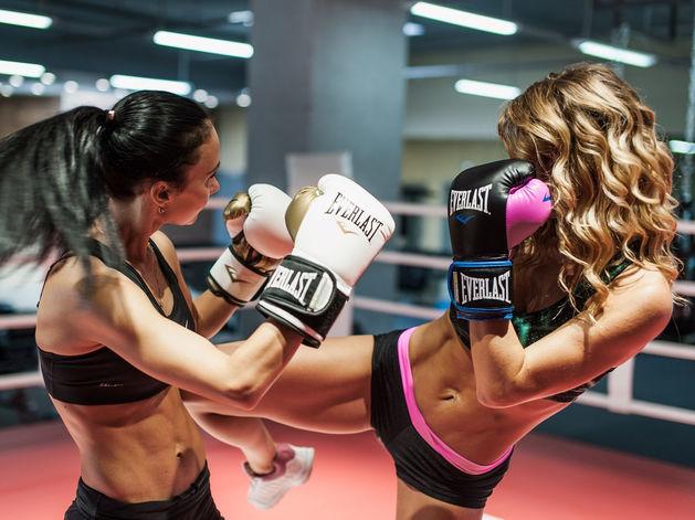 Бокс как фитнес: в Челябинске заработал боксерский клуб для «белых воротничков»