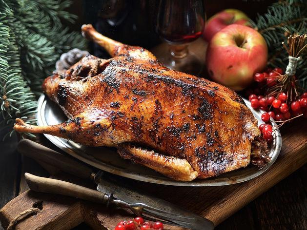Утка, гусь, натурпит: приготовьте новогоднее застолье из эко-продуктов