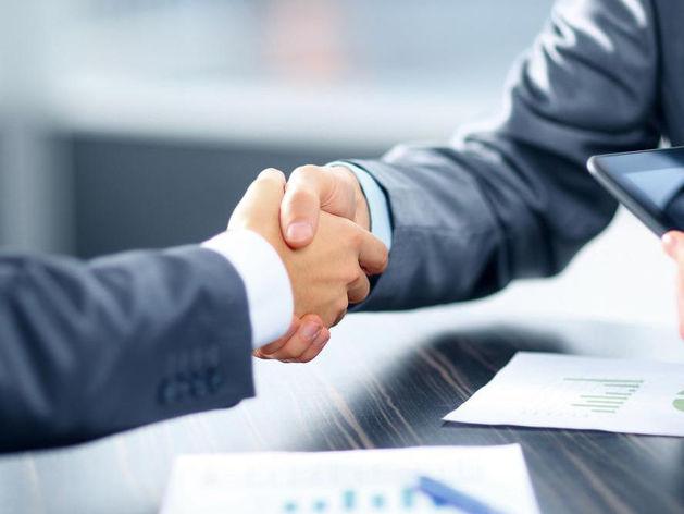 Договор с партнером: пообещать на словах или подписать договор?