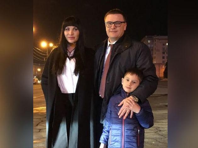 «В нашем новом доме есть много хорошего»: Текслер привёз семью в Челябинск