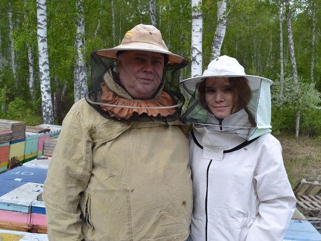 «Пчёлы не пишут доносов и не идут в декрет». Как из хобби прадеда построить бизнес на мёде