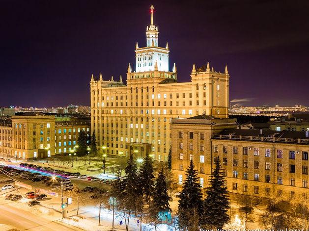 Экономисты из Челябинска в Москве получают в два раза меньше, чем выпускники вузов столицы