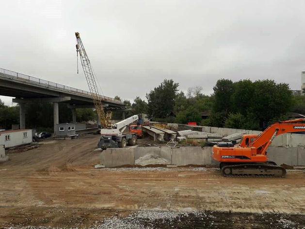«Ущерб больше 1 млн»: под строящимся мостом в центре Челябинска требуют провести раскопки