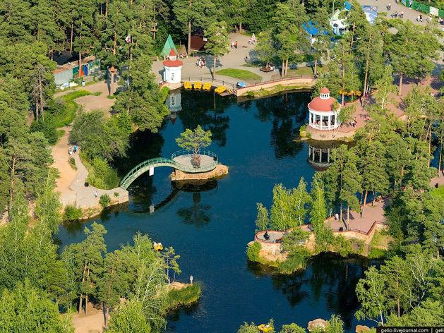 Челябинские парки могут лишиться аттракционов и киосков со сладостями