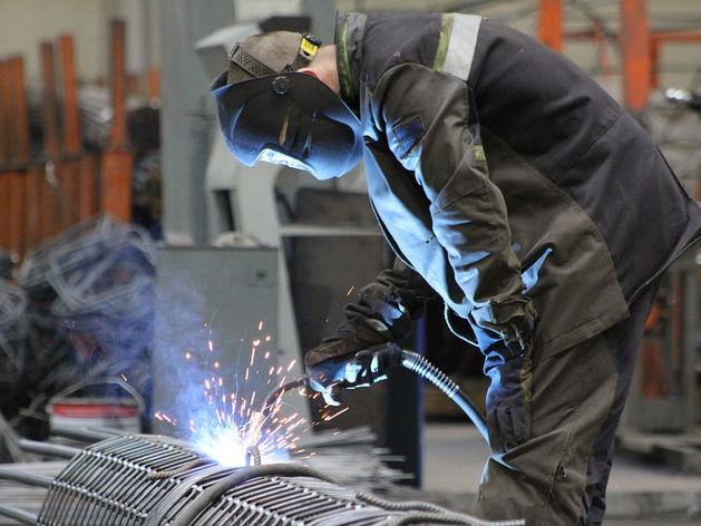 «Тревожные цифры». На заводах Южного Урала люди стали чаще умирать прямо во время работы