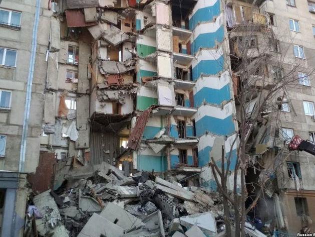 Жильцы рухнувшего дома в Магнитогорске подали в суд на правительство области