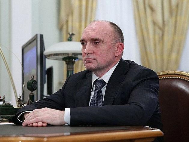 Против Дубровского возбудили уголовное дело о хищении средств. Он скрывается в Швейцарии