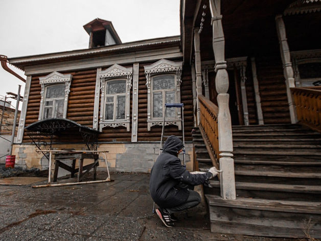 В Челябинске продают особняк, на ремонт которого собирал деньги Илья Варламов