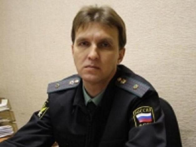 В Челябинске будут судить экс-главу районного управления судебных приставов за взятку