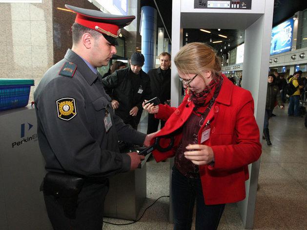 В аэропорту Челябинска ввели особый режим работы из-за коронавируса