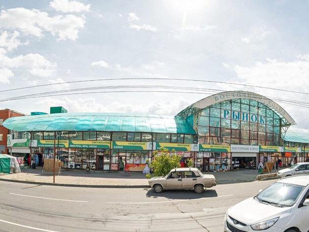 «Плавно выдавим 90-е». В Челябинске началась реновация рынка «Восточный город» у цирка