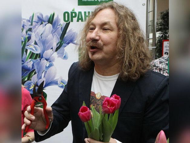 На Южном Урале предприниматель незаконно вставил фото певца Игоря Николаева в рекламу