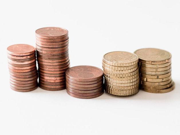 В первом квартале снизились поступления с налога на прибыль предприятий
