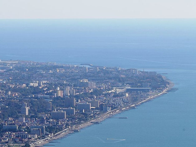 Туроператоры возобновили продажу туров на морские курорты, цены растут