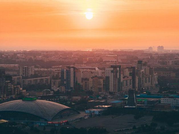 Из-за жары в Челябинске снова ограничили движение грузового транспорта