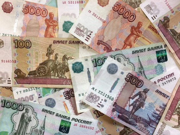 Средняя зарплата в Челябинской области выросла до 38,5 тыс. руб.