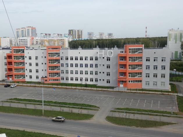 В крупнейшей школе Челябинска досрочно начались каникулы из-за опасности эпидемии