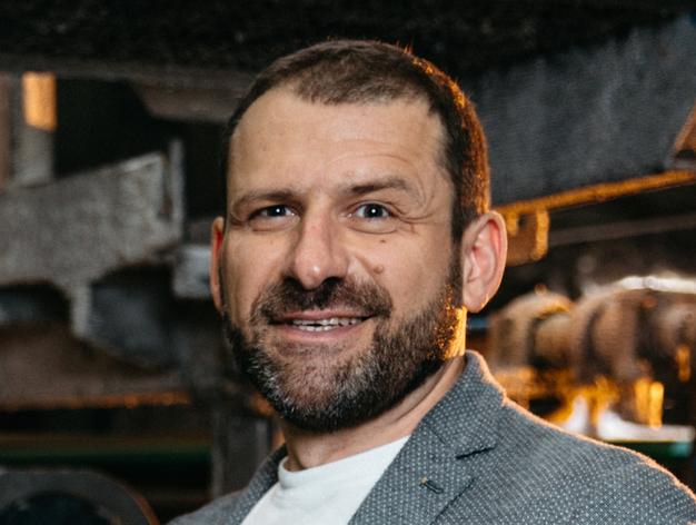Миллиардер Игорь Рыбаков и его партнер Оскар Хартманн продали службу доставки