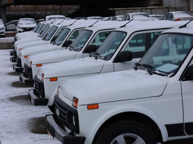 Меценат-аноним подарил новенькие автомобили челябинским медикам